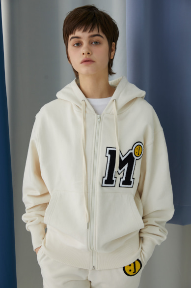 SM:]E M PATCH ZIP UP HOODY IVORY