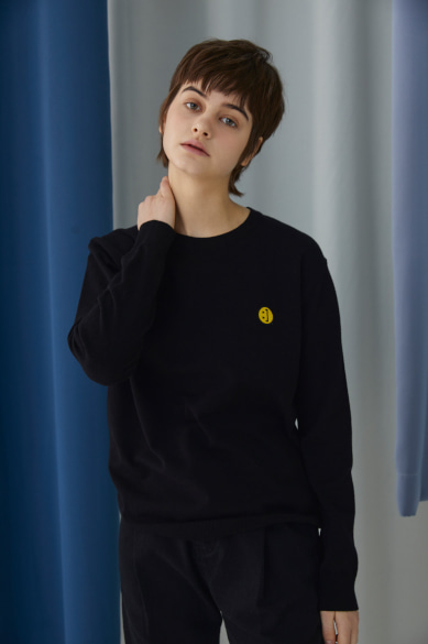 [채리나 착용] SM:]E PATCH SWEATER BLACK