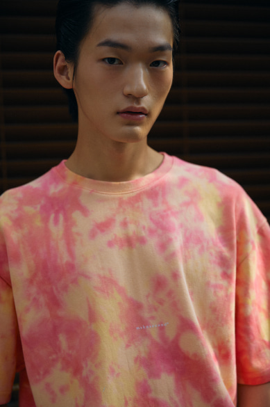 TIE DYE MINI LOGO OVERSIZED T-SHIRT PEACH