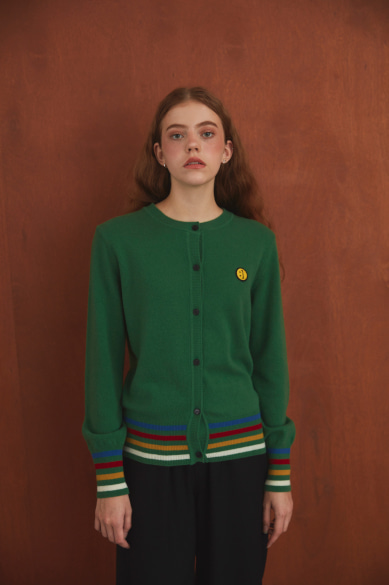 [10월16일 예약배송] SM:]E PATCH FEMALE CARDIGAN DARK GREEN